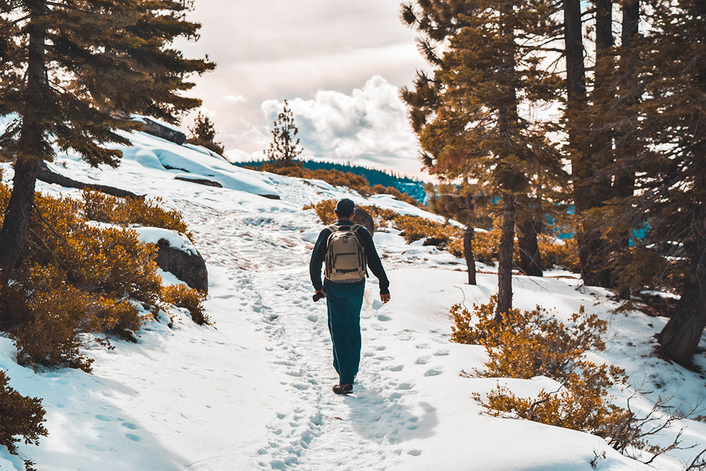 winter hiking guide
