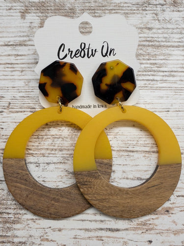 Mustard Wood & Resin Large Earring