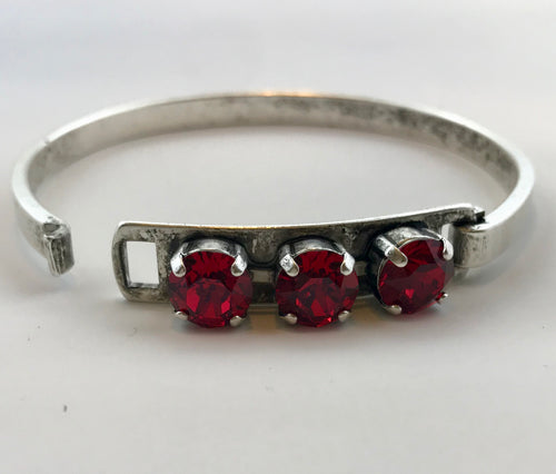 Scarlet Three Stone Swarovski Bangle