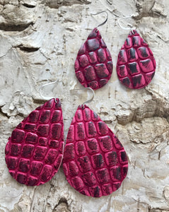 Fuchsia Embossed Crocodile Leather Earring