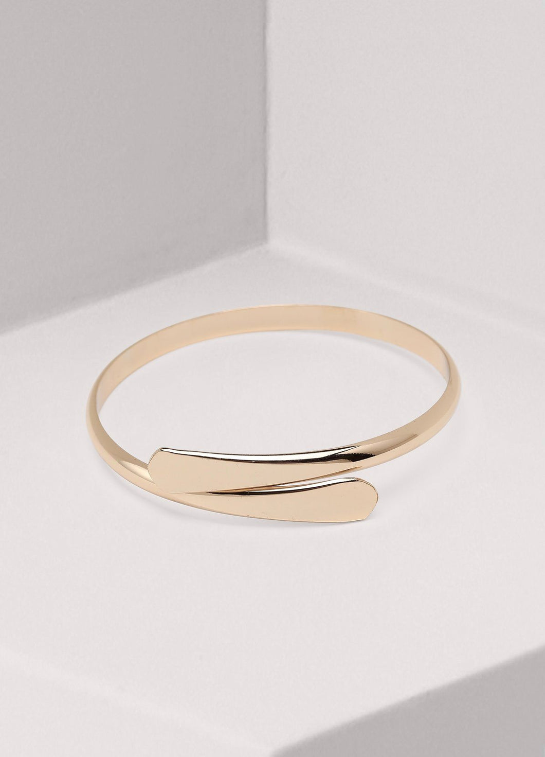 Classic Open Bangle Bracelet (gold) Bracelets - FIACCI