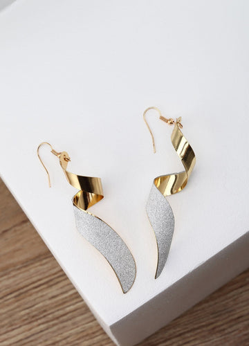 Do The Twist Earrings (gold/silver) Earrings - FIACCI