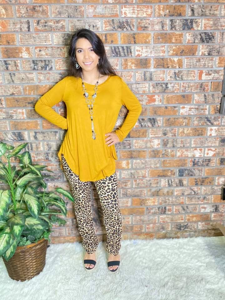 Leopard Scrunch Leggings