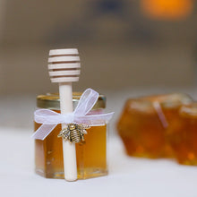 Load image into Gallery viewer, 2 oz Hexagon Honey Favor Kit