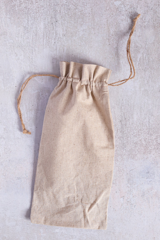 A9. Linen bottle bag