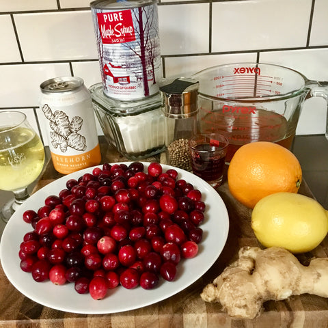Ingredients for pickled cranberries with cider