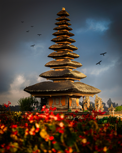 Ulun Danu Temple - Jessica Lee Photography