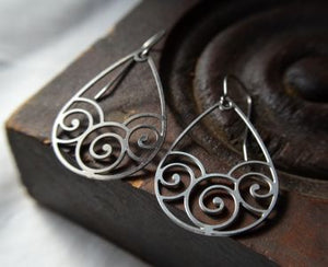 Swirl Earrings in stainless steel