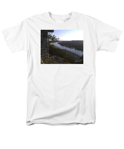 Mt. Bonnell Overlooking Austin - Men's T-Shirt  (Regular Fit)