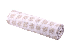 Traveler Dot Swaddle