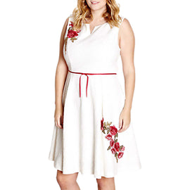 Yumi Curves Embroidered Floral Dress- Ivory