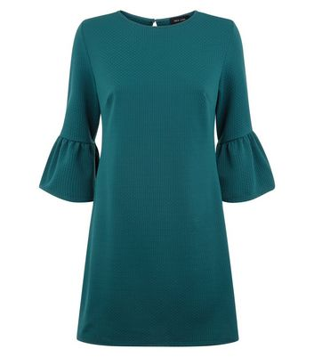 Green Bell Sleeve Jersey Tunic Dress New Look