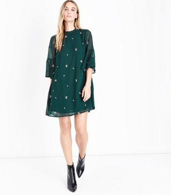 Dark Green Floral Embroidered Bell Sleeve Dress New Look