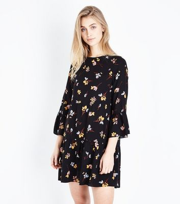 Black Floral Bell Sleeve Smock Dress New Look