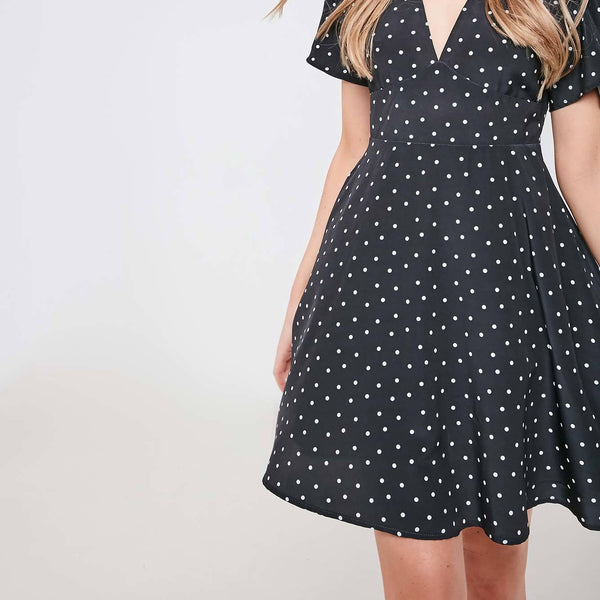 V NECK POLKA DOT SKATER DRESS