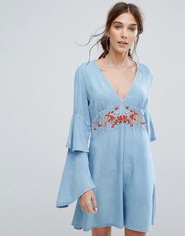 Neon Rose V-Neck Tea Dress With Ruffle Layer Sleeves And Floral Embroidery - Blue