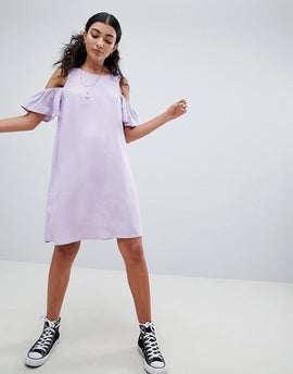 Noisy May Cold Shoulder Shift Dress - Pastel lilac