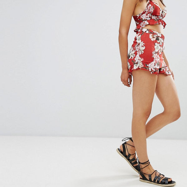 Pull&Bear Co Ord Floral Ruffle Hem Short - Red