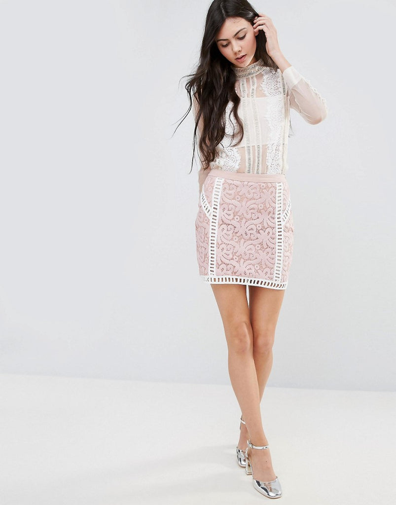 Endless Rose Lace Skirt With Contrast Lining - White