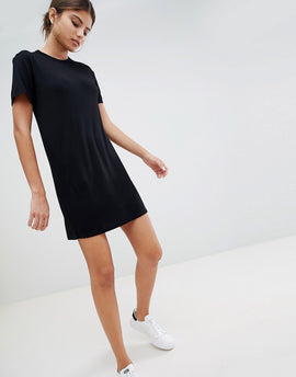 PrettyLittleThing T-Shirt Dress - Black