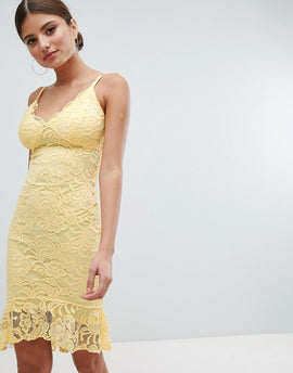 Jessica Wright Lace Pencil Dress With Pephem - Yellow