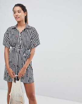 PrettyLittleThing Stripe Shirt Dress - Navy