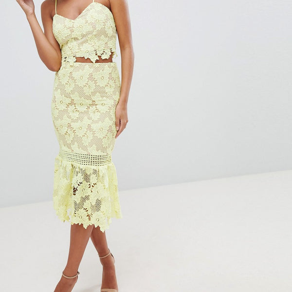 Love Triangle Cutwork Lace Pencil Skirt With Fluted Lace - Yellow