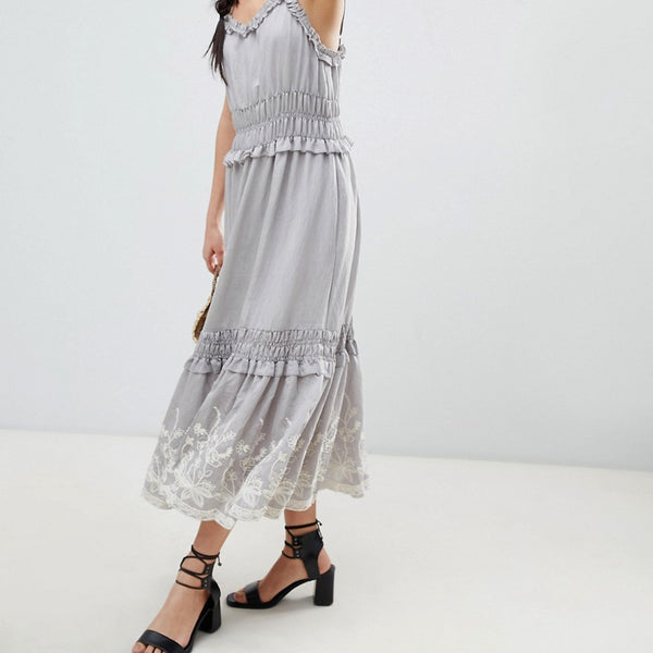 Moon River Embroidered Midi Dress - Light grey