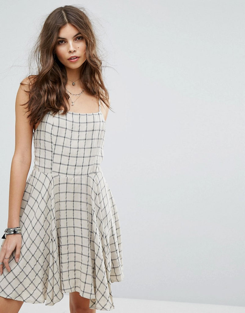 Lira Wide Check Beach Dress - Beige