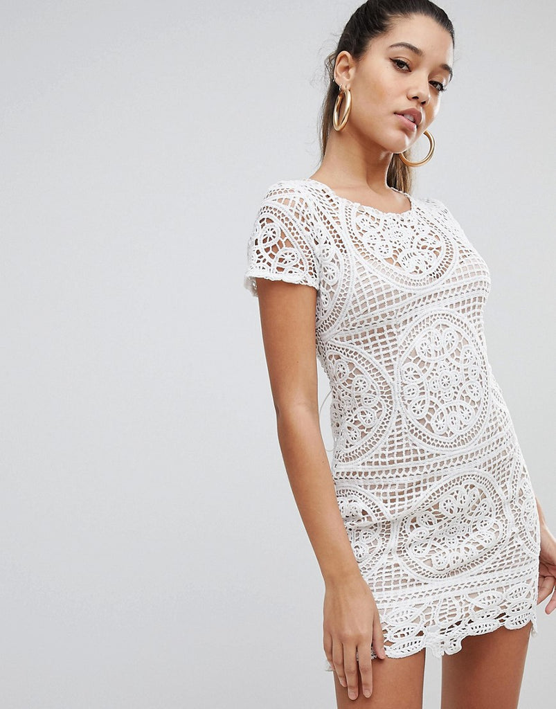 Love Triangle Mini Dress in Overscale Lace - White