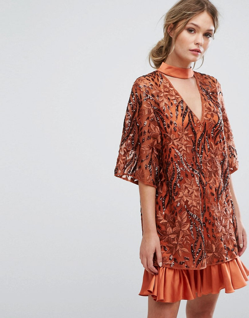 Three Floor Embroidered Shift Dress With Kimono Sleeve - Rust