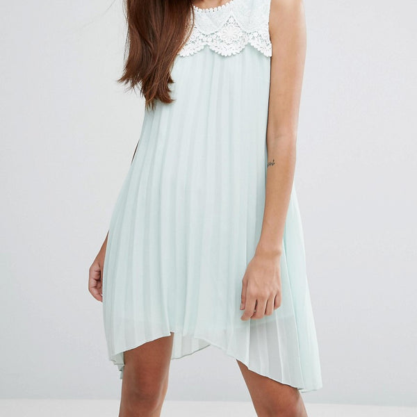 Darling Hanky Hem Dress With Lace Detail - Pale mint