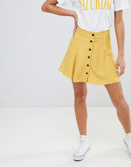 Bershka spot detail button front mini skirt in yellow - Yellow