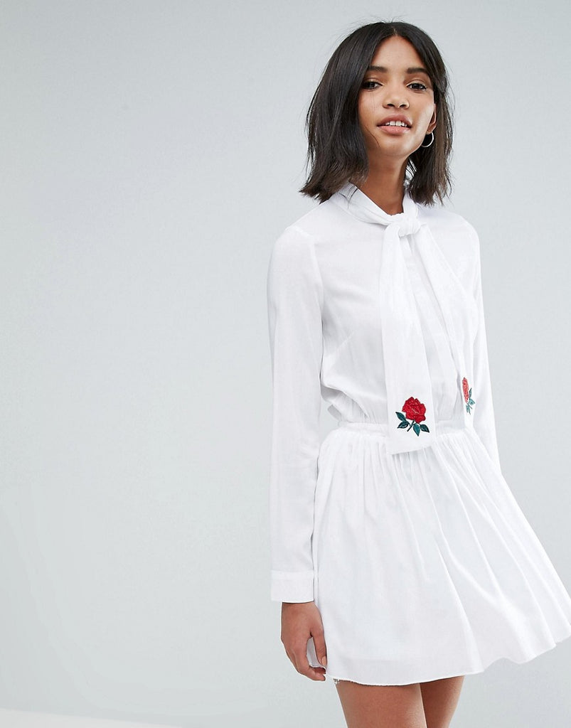 Unique21 Pussy Bow Pleated Dress With Embroidery - White
