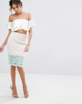 Endless Rose Floral Embroidered Lace Pencil Skirt - Off white/dusty pink