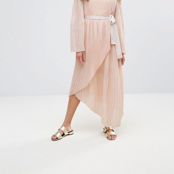 Isla Valentine Crimped Off Shoulder Flared Sleeve Midi Dress - Dusty pink