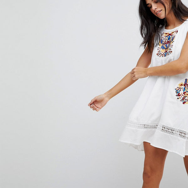 Hazel Embroidery Sleeveless Summer Dress - White