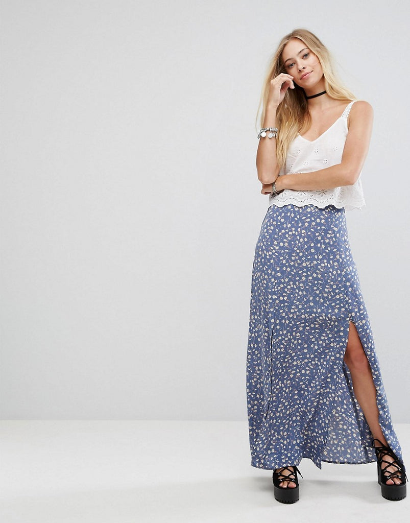 Glamorous Split Front Maxi Skirt In Floral Print - Blue