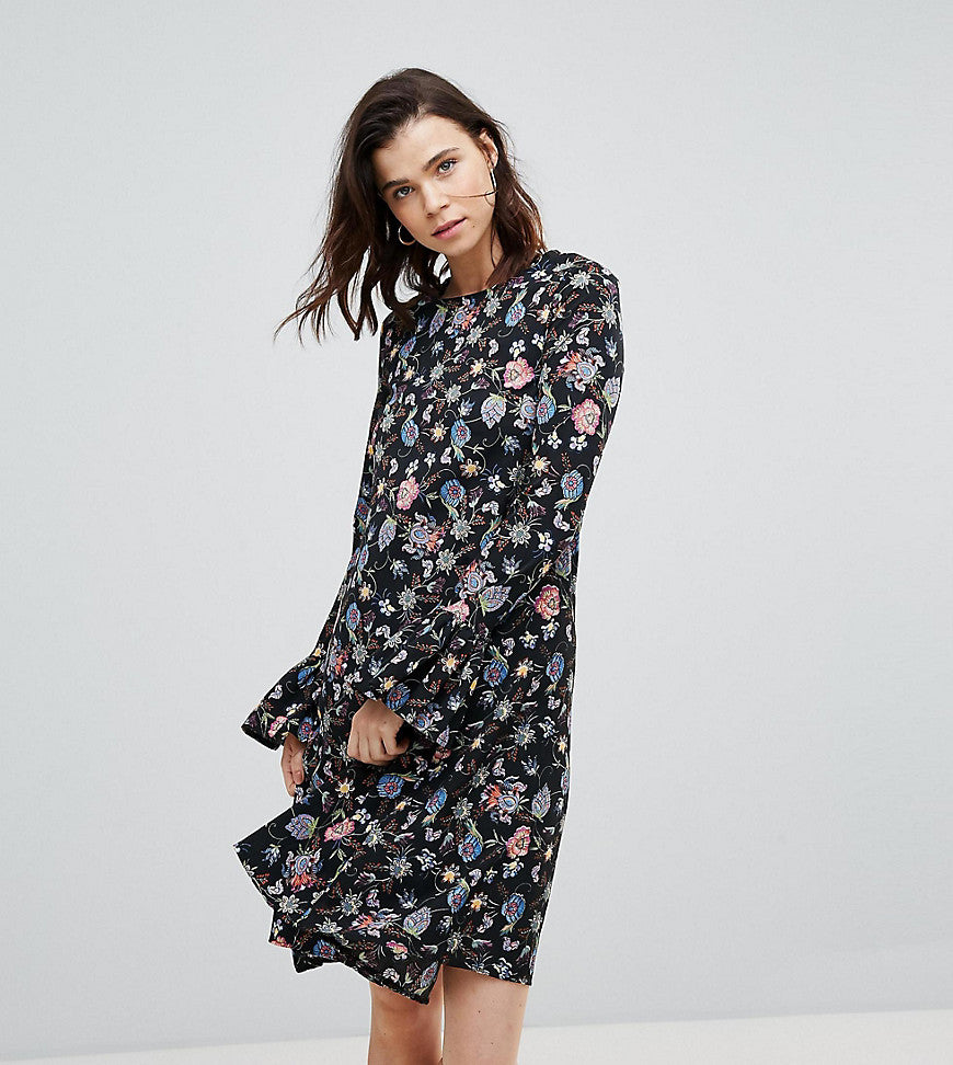 Glamorous Tall Shift Dress With Flare Cuffs In Antique Floral - Black floral