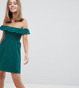 Fashion Union Petite Off Shoudler Dress With Shirring - Forest green