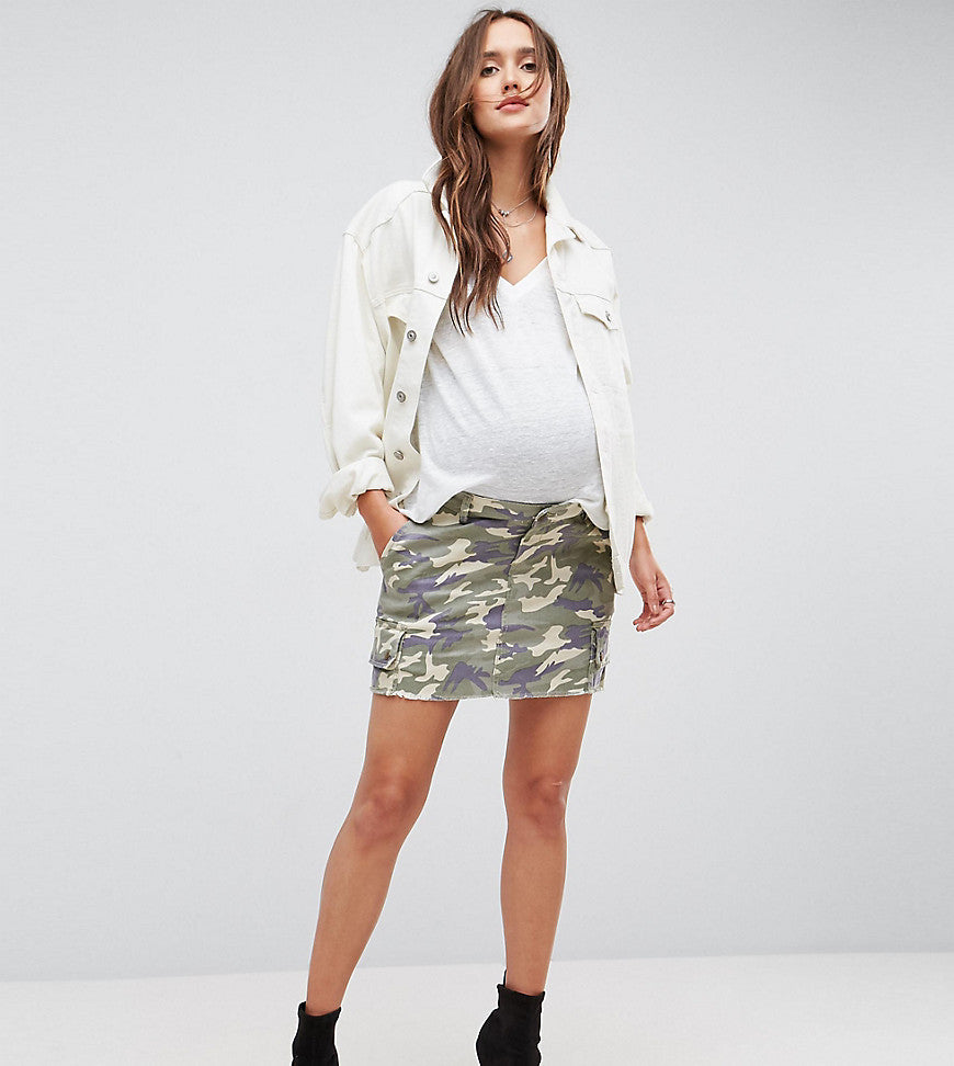 Bandia Maternity Over The Bump Cargo Skirt With Removable Waistband - Camo