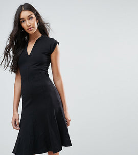 Y.A.S Tall Cisley V Neck A Line Dress - Black