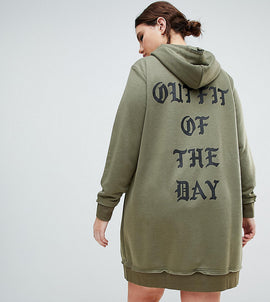 Zizzi Hooded Sweat Dress with Gothic Print - Dusty olive