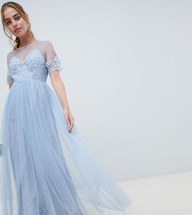 ASOS DESIGN Petite Bridesmaid lace and dobby mesh overlay maxi dress - Blue
