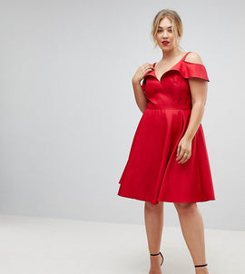 Chi Chi London Plus Midi Skater Dress With Cold Shoulders - Red