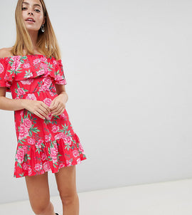 ASOS DESIGN Petite off shoulder sundress with tiered skirt in floral print - Multi