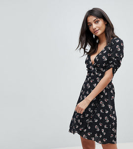 Glamorous Tall Wrap Dress In All Over Floral - Black spot floral