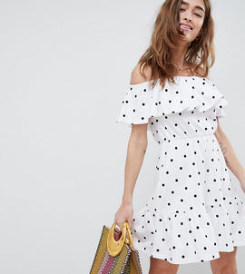 ASOS DESIGN Petite off shoulder sundress with tiered skirt in polka dot - Multi