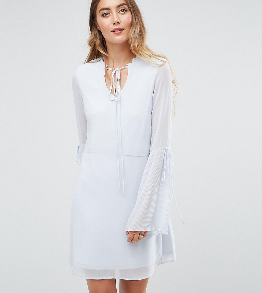 Vero Moda Tall Tea Dress with Plisse Fluted Sleeve - Halogen blue