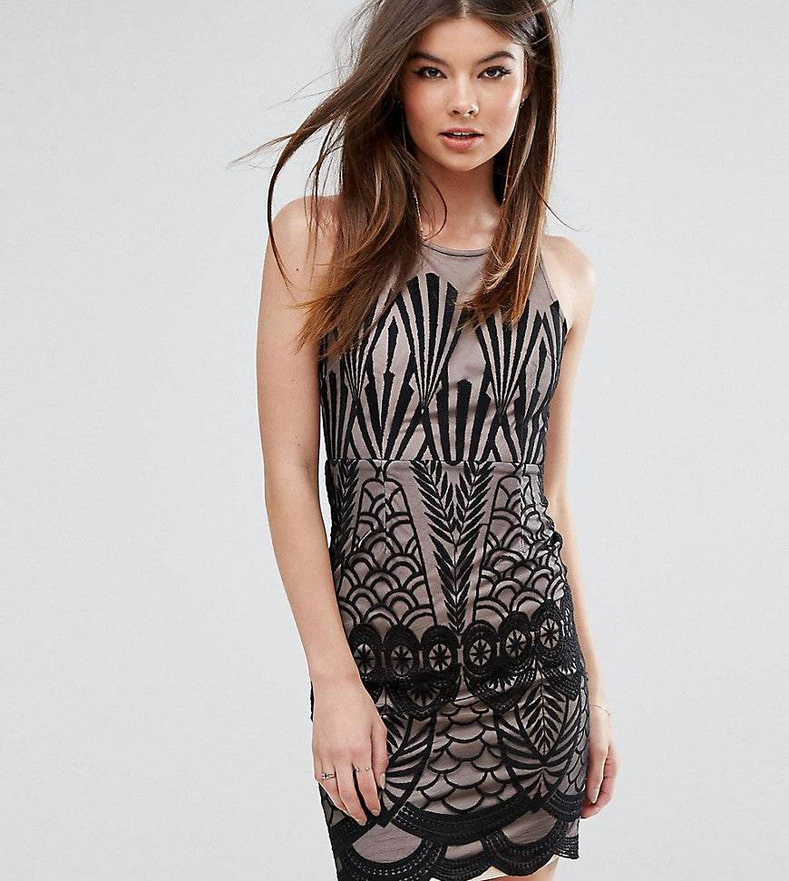 Love Triangle Mini Dress in Overscaled Lace - Black